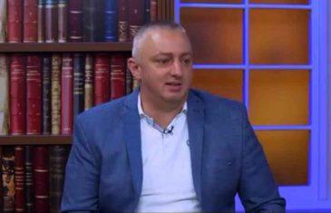"""BEOGRADSKI PROFESOR DARKO TRIFUNOVIĆ ZVONI NA UZBUNU: """"Vučić mora hitno reagovati, Srbima u Crnoj Gori prijeti velika opasnost!"""""""