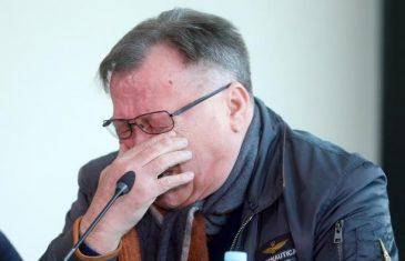 """NEMA VIŠE ZABAVA, PRISJELA MI JE I TA JEDNA: Halid Bešlić poslije dva mjeseca o """"corona"""" derneku"""