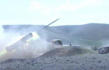 GORI KAVKAZ, MIR NIJE NI BLIZU! Armenija: Uništen je azerbejdžanski teški raketni lanser TOS-1A!