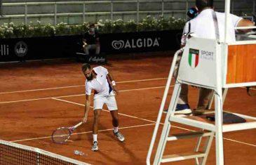 STRAŠAN SKANDAL: Teniser bio pozitivan na testu na koronavirus, a oni ga pustili da igra na turniru!