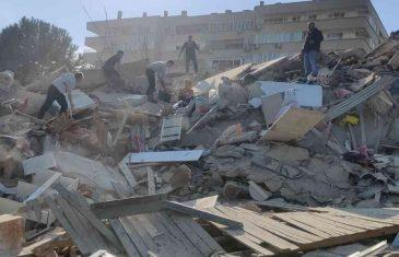 Potresne fotografije: Stižu prva izvješća o žrtvama, ljudi su zatrpani ispod ruševina, vijesti su strašne: 'Srušeno je najmanje 20 zgrada'