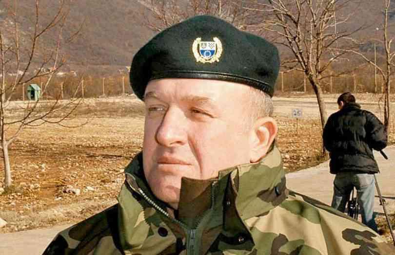 General Atif Dudaković smješten u kliniku Podhrastovi: Na kapiji osvanuo transparent sa porukom…